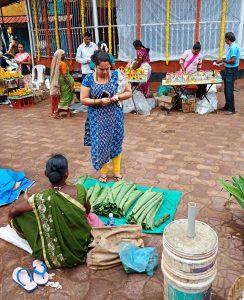 Selling Turmeric Leaves in Monsoon for Patollio Goan Sweet